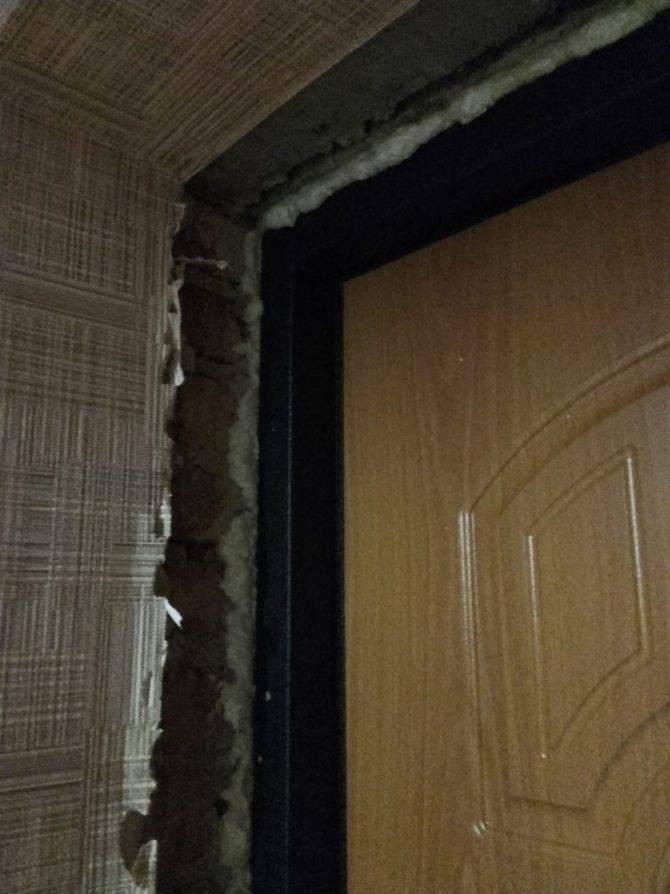Как заштукатурить откосы дверей: материалы, технология работ, советы