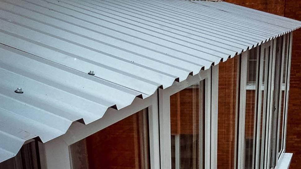 Особенности ремонта крыши балкона. советы мастеров