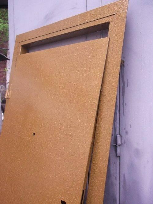 Как покрасить металлическую дверь - технология самостоятельной покраски