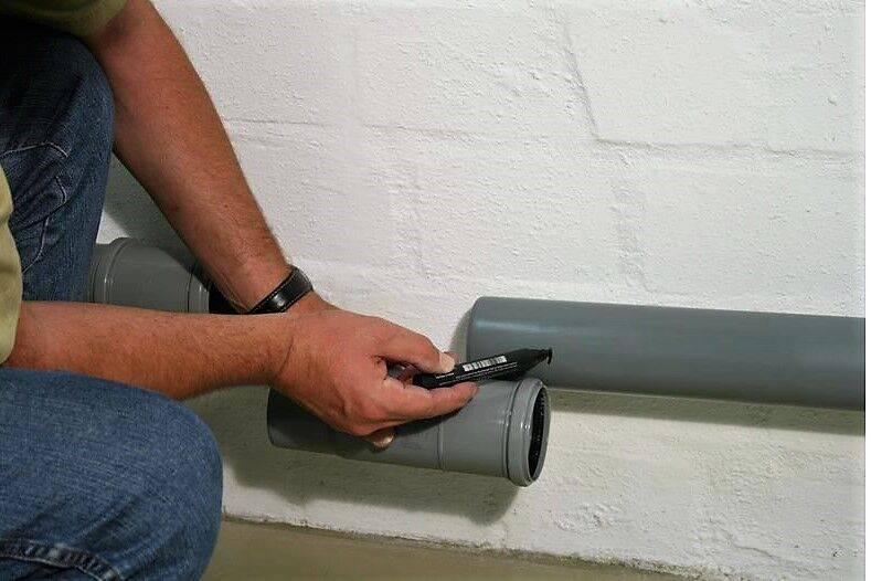 Герметик для канализационных труб: выбираем подходящий