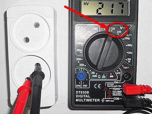 Как померить напряжение в розетке мультиметром - всё о электрике в доме