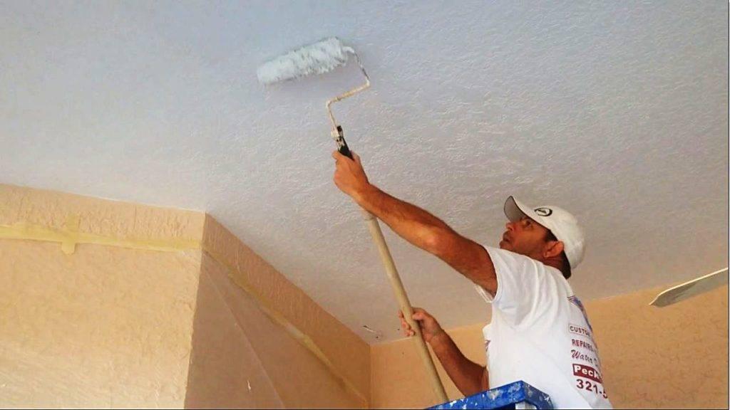 Покраска потолка из гипсокартона — какой краской лучше красить гипсокартонный потолок, как и чем покрасить подвесной потолок