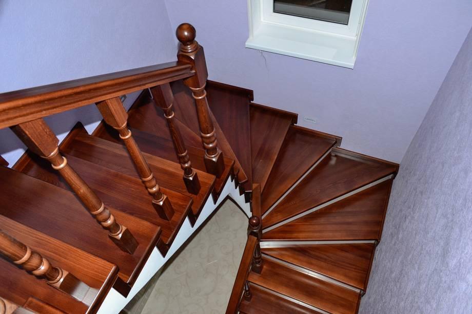 Отделка бетонных лестниц (81 фото): облицовка ступеней деревом, обшивка маршей из бетона в частном доме