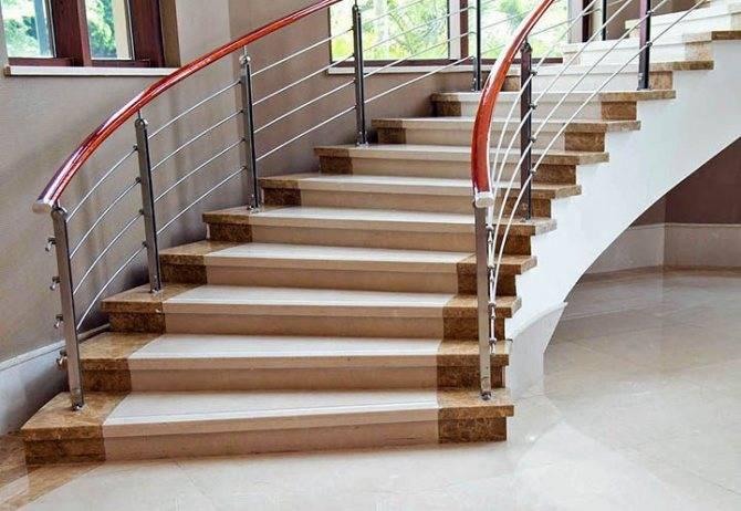 Оригинальные идеи оформления лестничного пролета