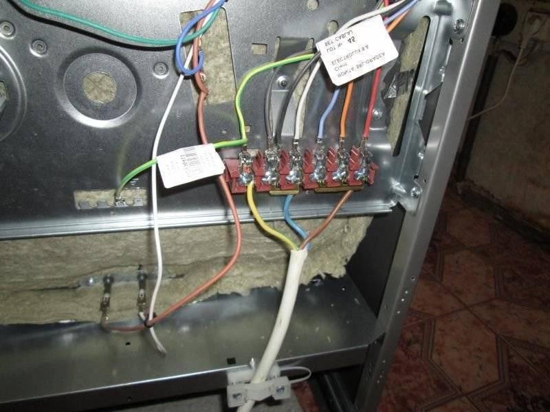 Подключение электроплиты своими руками: схемы подсоединения в квартире