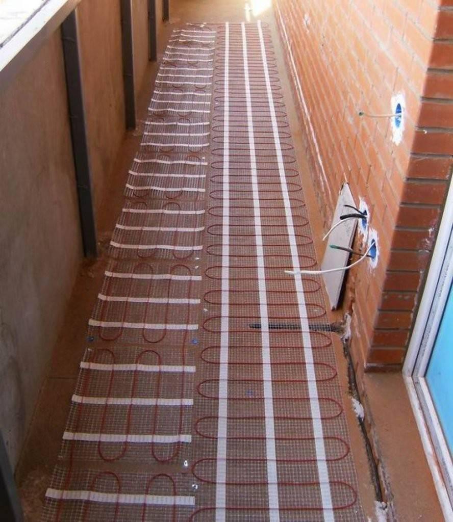 Как самостоятельно установить электрический пол на балконе?