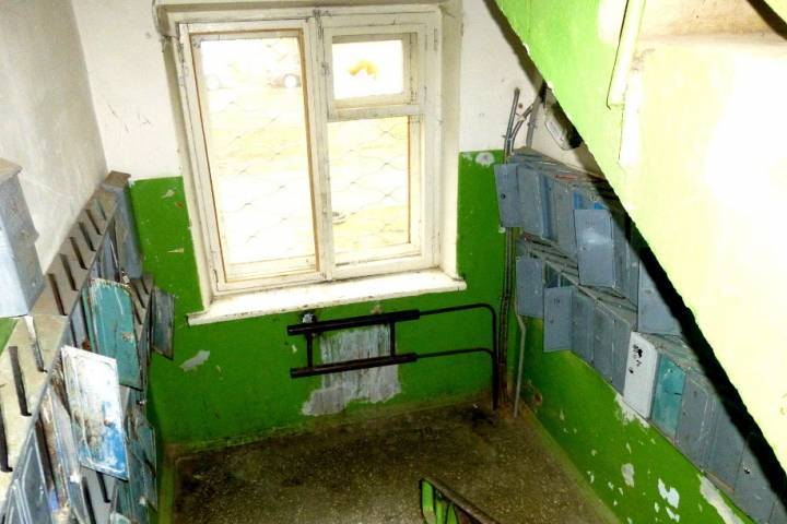 В ссср не случайно стены красили до половины в синий и зеленый цвет