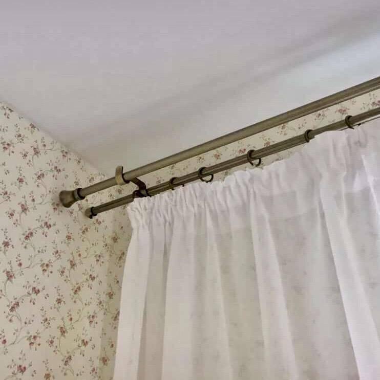 Как правильно провести монтаж карниза для штор на стену, общие требования и правила - 12 фото