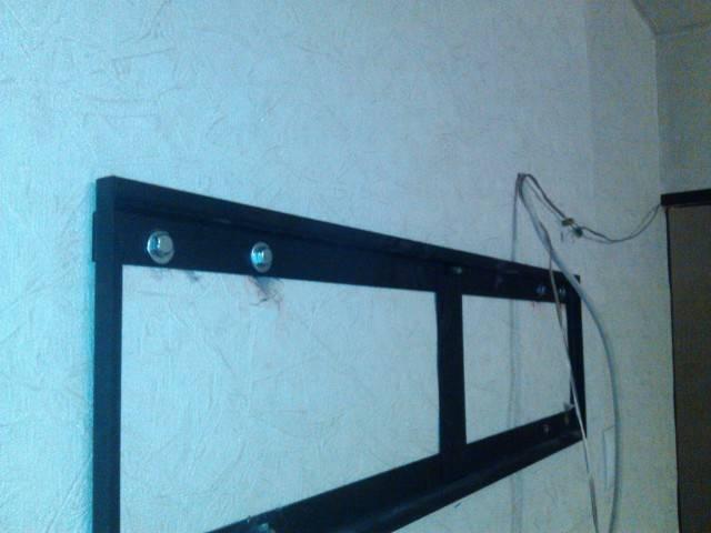 Как повесить телевизор на стену своими руками: подробная инструкция + рейтинг 7 лучших моделей кронштейнов