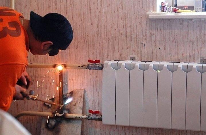 Как устранить течь в трубе отопления – причины и следствие, методы ремонта