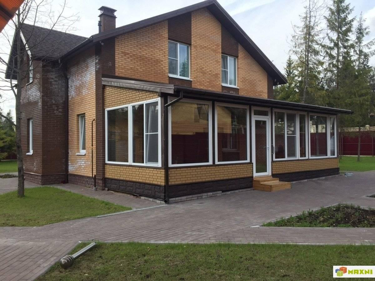 Остекленные веранды и террасы к дому: особенности и разновидности конструкций
