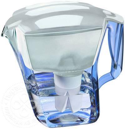 Какой фильтр лучше гейзер или аквафор: сравнение и отзывы пользователей о кувшинах и проточных системах для очистки воды
